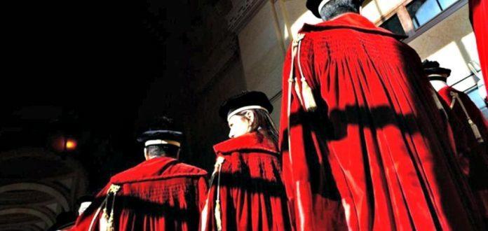 un-convegno-a-milano-per-parlare-di-malagiustizia-allitaliana-696x522